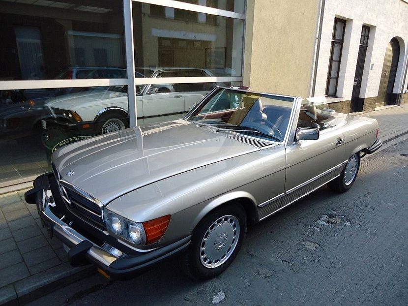 Mercedes-Benz 380 - SL 106