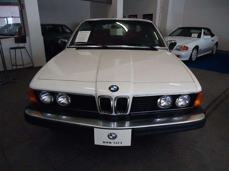 BMW 733 - E23